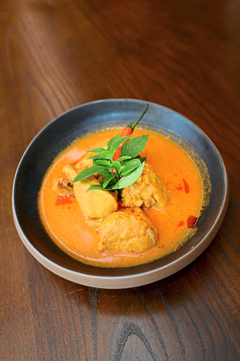 De.Wan 1958's chicken kapitan curry.