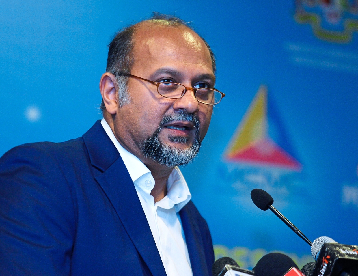 Gobind spoke on the need to test the safety of 5G, after receiving the National 5G task force mid-term report from the MCMC. — MOHD SAHAR MISNI/The Star