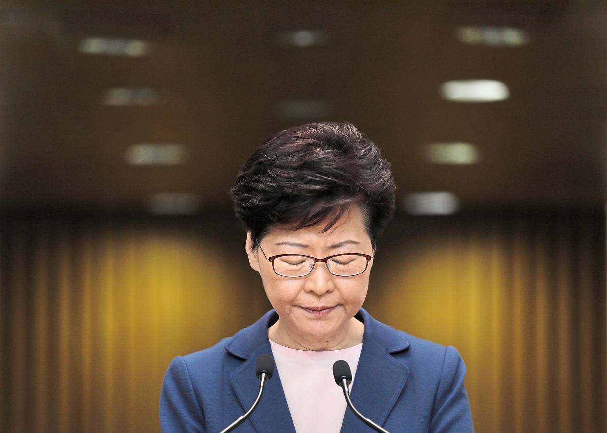China faces dilemma over Hong Kong