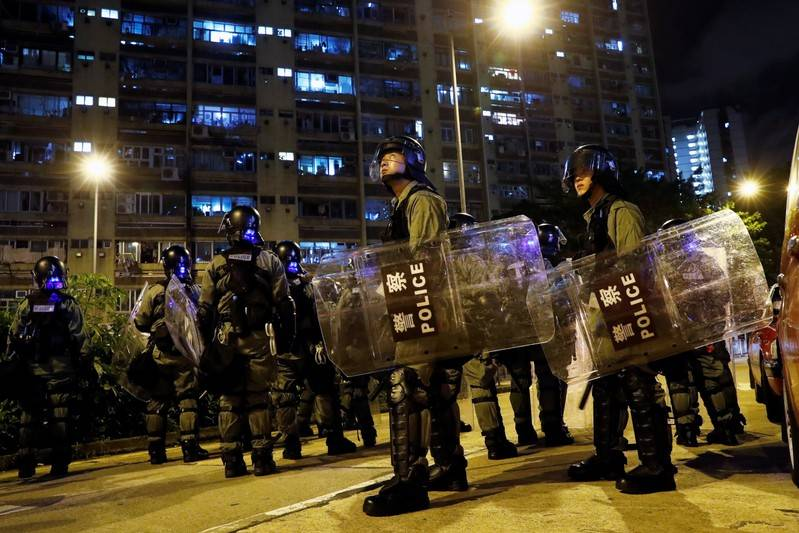 Hong Kong police make fresh arrests, city braces for further protests
