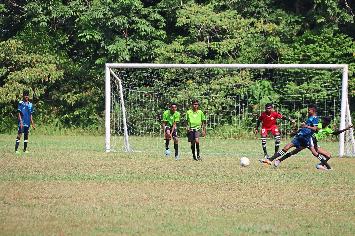Subang United emerged as champions in the Boys Under-16 football tournament.