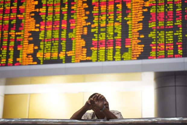 Bucking the regional trend, the benchmark FBM KLCI rose 1.38 points, or 0.09%, to close at 1, 611.79 yesterday, off an intra-day low of 1, 588.98, and after a steep decline on Monday.