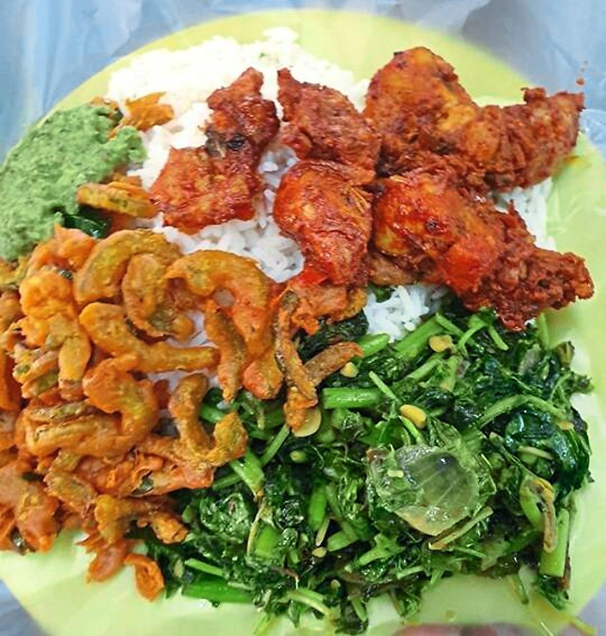 Pandian's stall offers both vegetarian and non-vegetarian dishes.