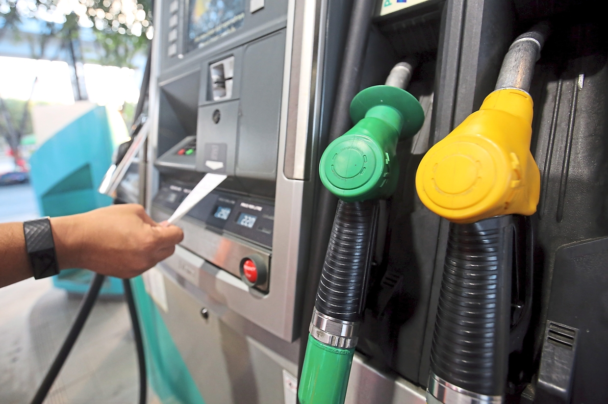 Petrol subsidy: The government may proceed with a simpler alternative to bank in petrol subsidy directly into each eligible person's bank account before proceeding to float the RON95 petrol prices according to open market rates.