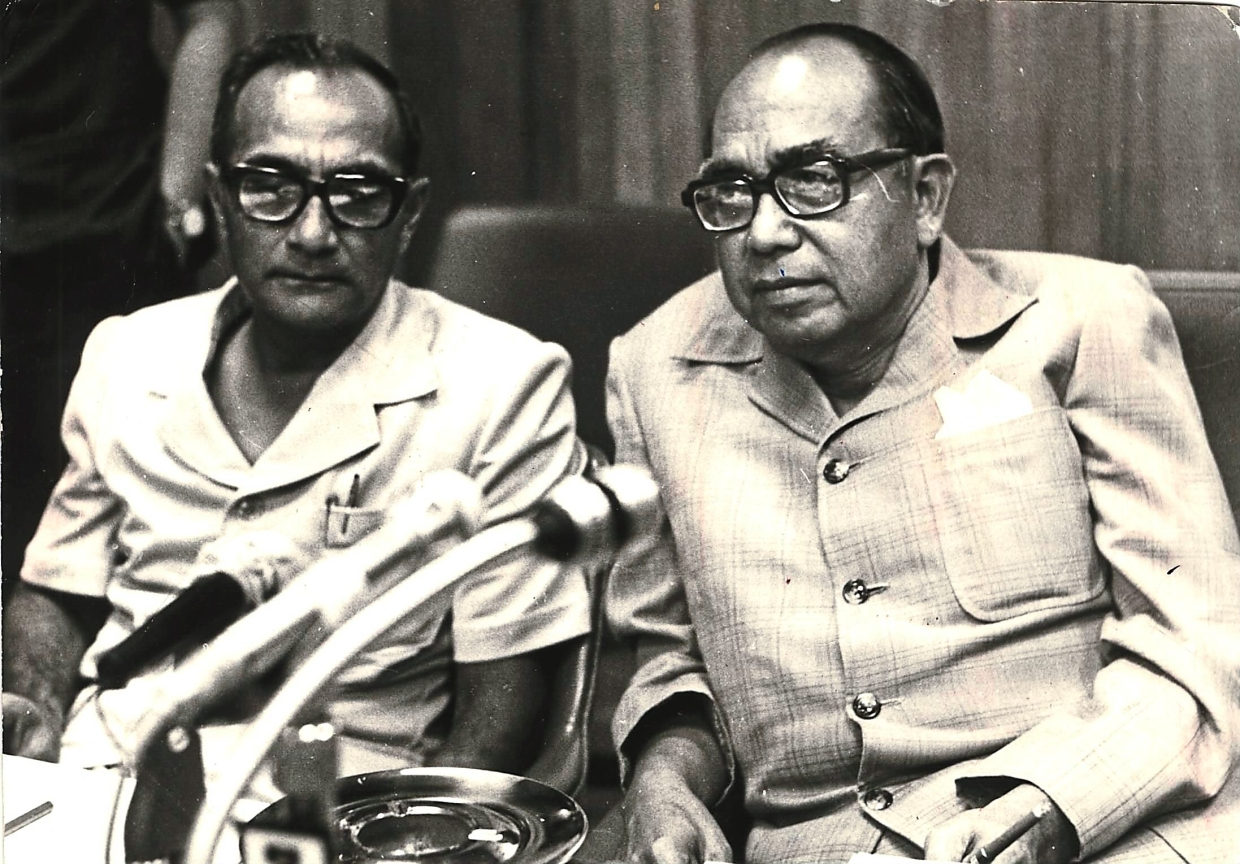 Image result for mahathir and tun hussein onn