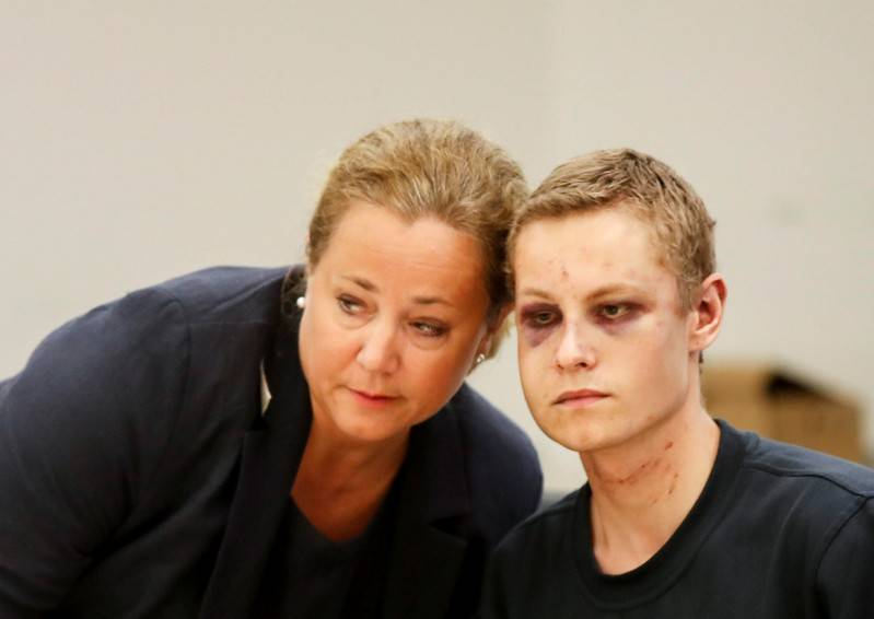 Suspect in Norway mosque shooting appears in court with wounds | The
