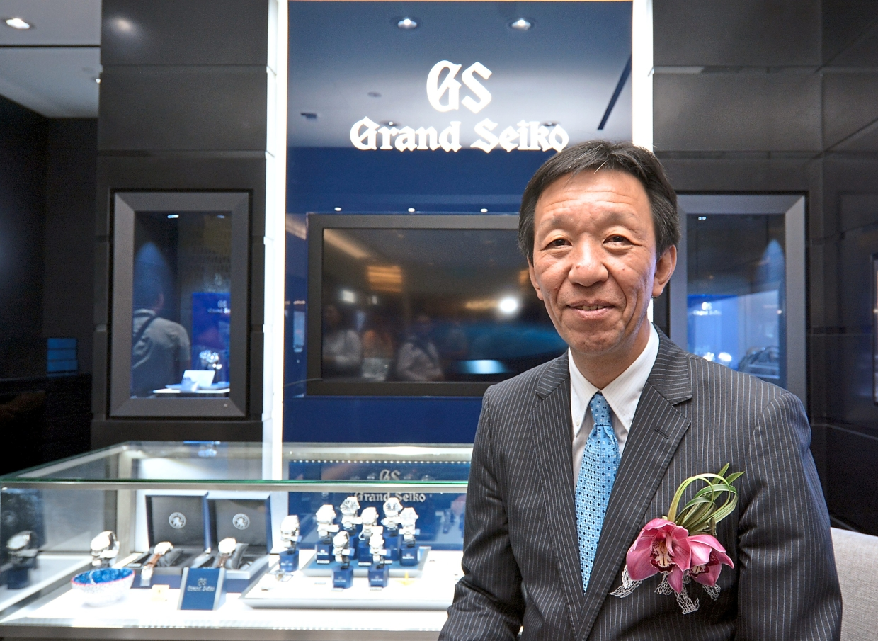 Tsuchiya introducing guests to a selection of haute timepieces at the official opening of the Seiko Boutique at Mid Valley Megamall, Kuala Lumpur.