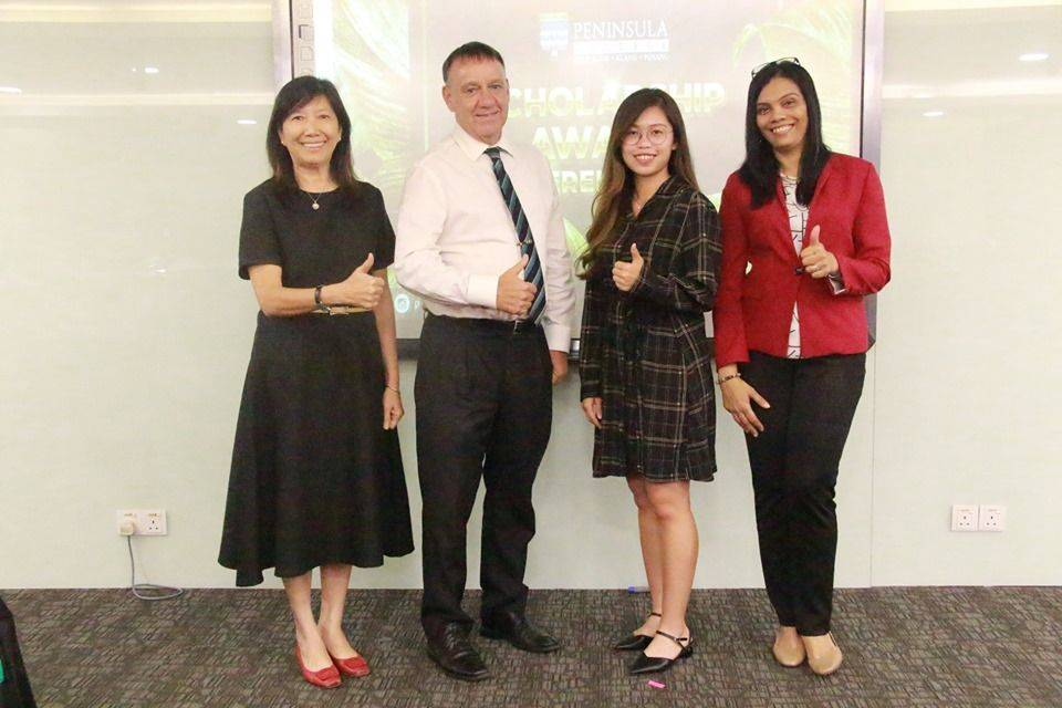 Tan Sin Yee (second from right) was offered a scholarship to complete her final year of her BA (Hons) in Accounting and Financial Management Studies at University of Gloucestershire, UK.