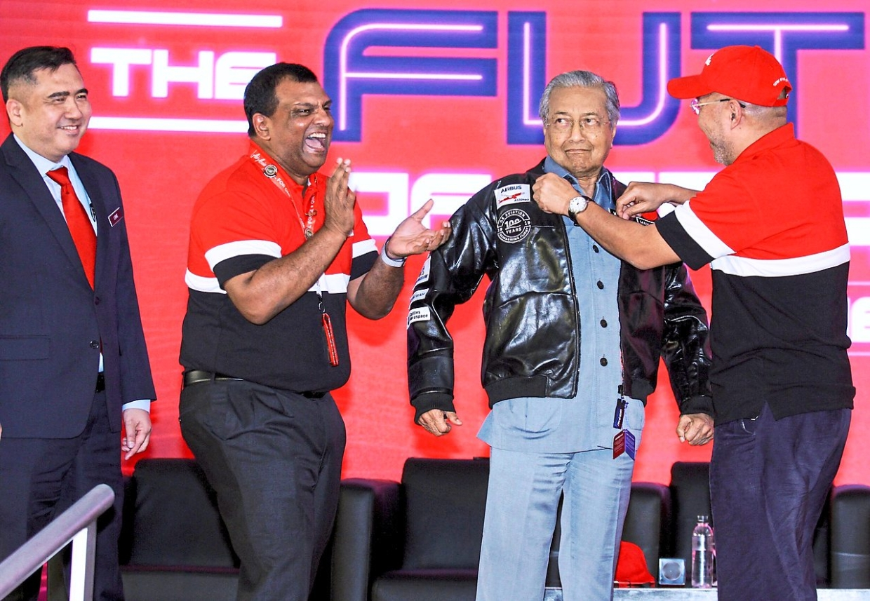 Prime Minister Tun Dr Mahathir Mohamad gestured like a