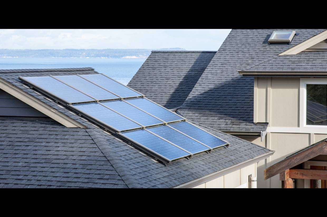 Tesla now offering rental options for roof solar panel systems | The ...