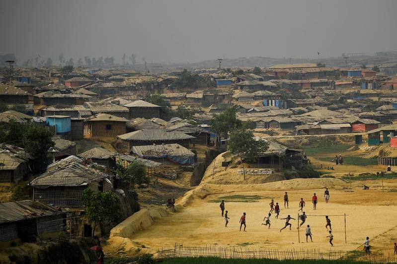 FILE PHOTO  Rohingya refugees play football at Kutupalong refugee camp in Coxs Bazar Bangladesh March 27 2018. REUTERSClodagh KilcoyneFile Photo
