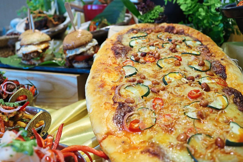 The Nasi Lemak Pizza.