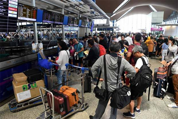 Kết quả hình ảnh cho airlines under network disruptions being compensation images