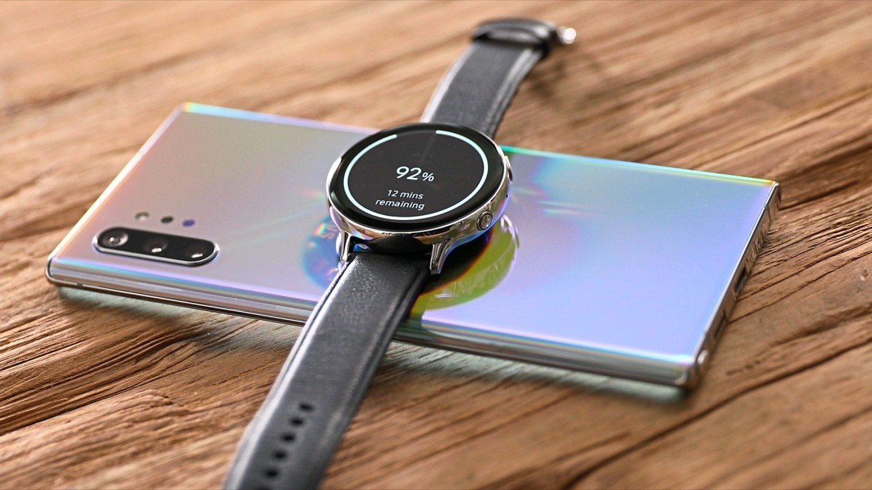 The Note 10+ can wirelessly charge other devices – whether wearable devices or other phones – as long as they are QI charge compatible.