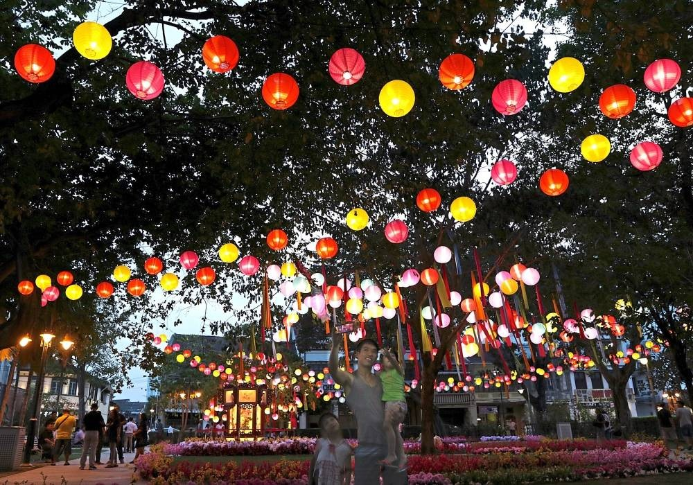 Lanterns light up Mid-Autumn Fest in Penang | The Star Online