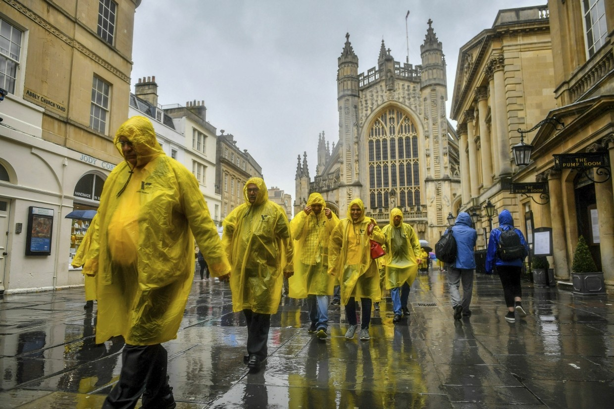 Bath residents urge curbs on Airbnb party houses, Times