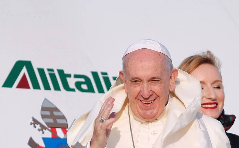 Pope heads to Mozambique to help consolidate peace   The