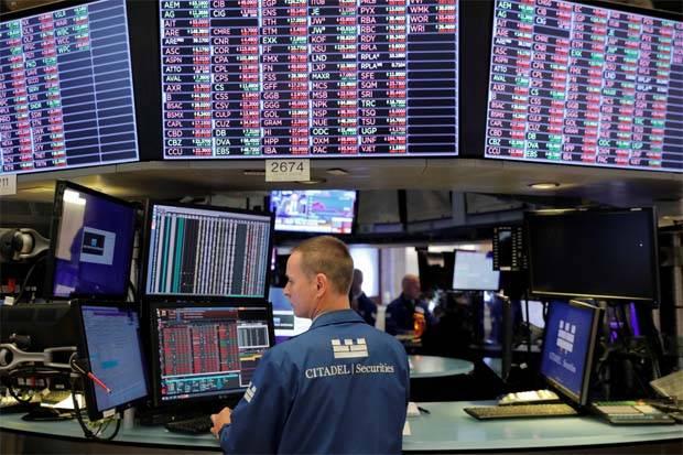 Wall Street rises on strong Chinese data, Hong Kong and