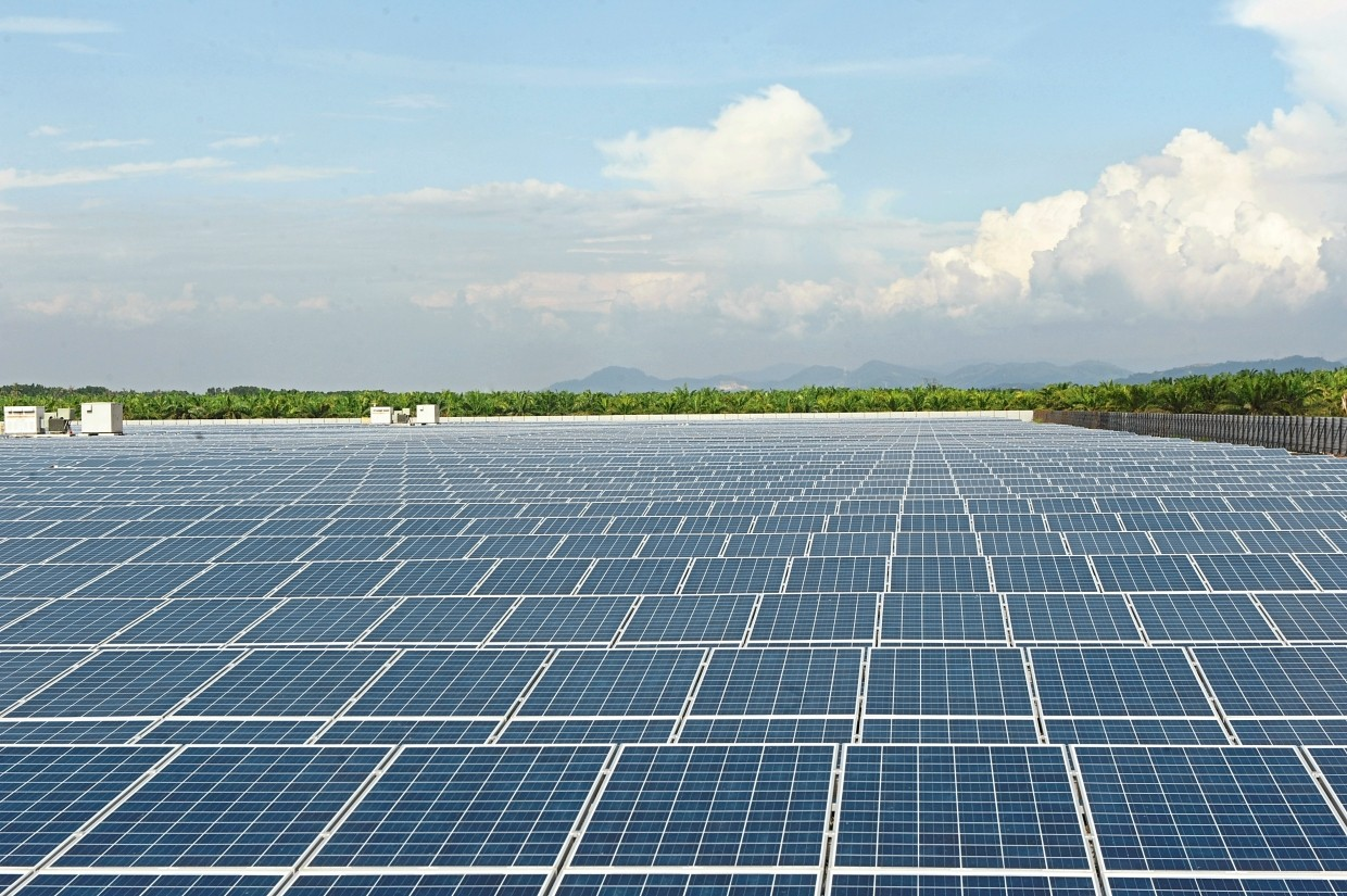 LSS2 problems: A file picture showing a 20MW solar farm at Ladang Byram in Nibong Tebal, Penang. About 70% of the 563MW total LSS2 capacity awarded may be delayed or could even fail to commission altogether, according to industry officials familiar with the matter.