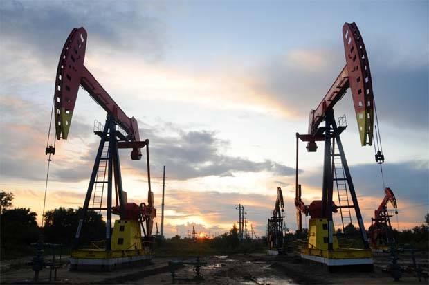 Oil price rises as Saudi Arabia signals OPEC cuts to