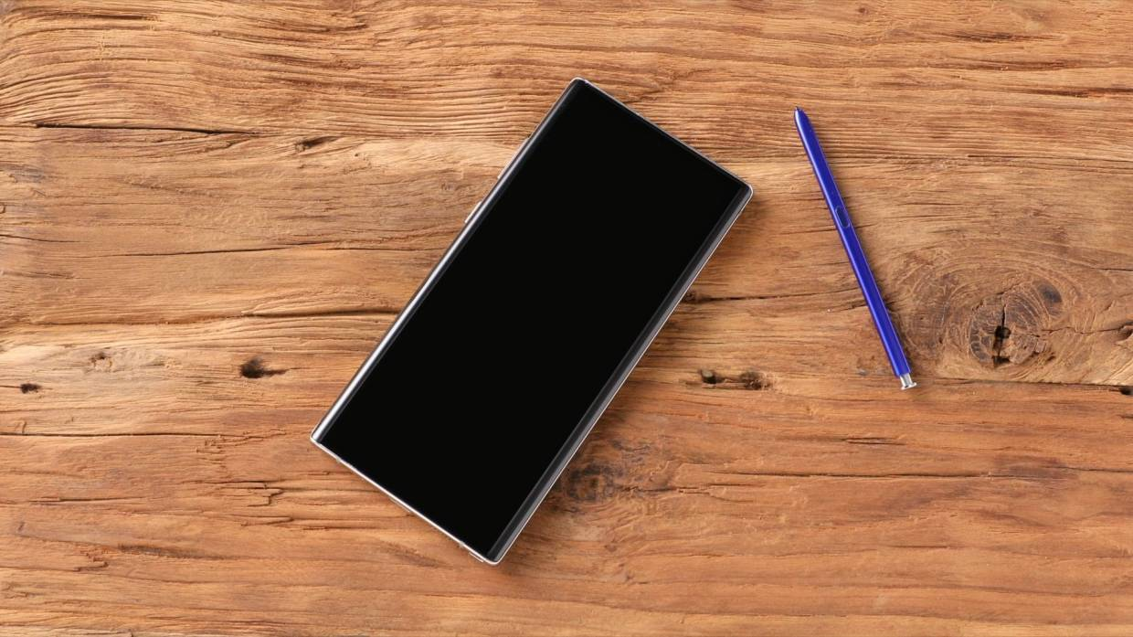 Grasp the power of the new Samsung Galaxy Note10 series.