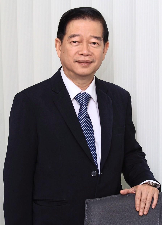 Ang Kok Heng CIO for Phillip Capital Management Sdn Bhd.