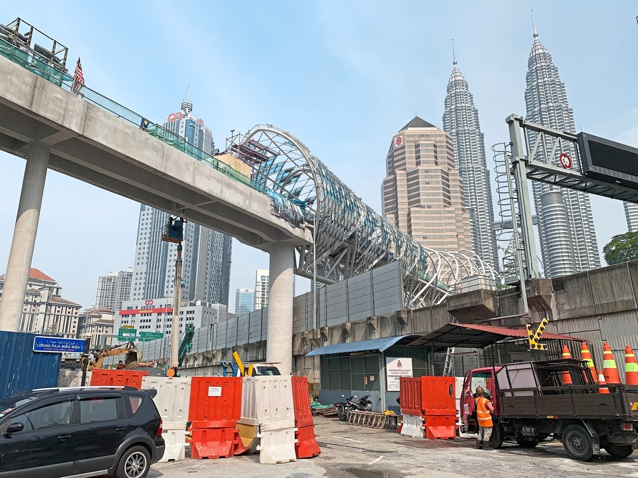 Rm31mil Saloma Footbridge To Open End Of November The Star