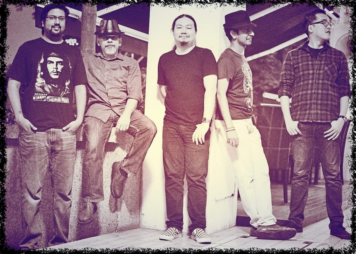 SquareCircles keep the magic going with a special gig in Where Else @ Sunway on Tuesday night.