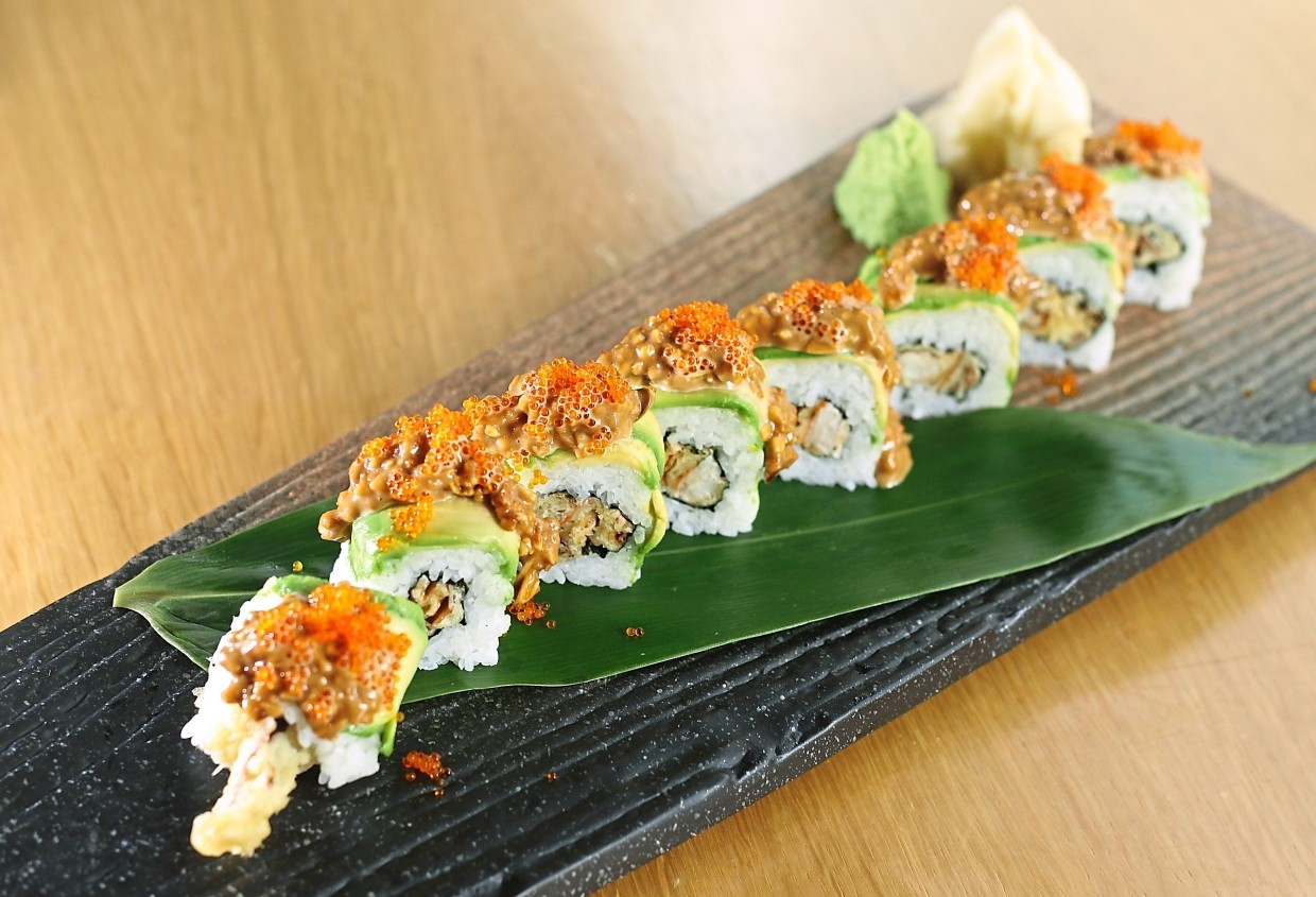 Soft Shell Crab Avocado Roll with Peanut Sauce has interesting flavours to offer.