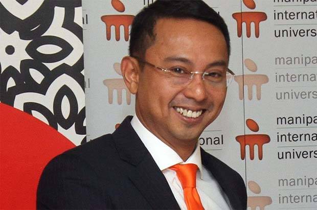 Iskandar(pic) was once group CEO of Pos Malaysia, which is a subsidiary of one of Syed Mokhtar's flagship listed conglomerates.