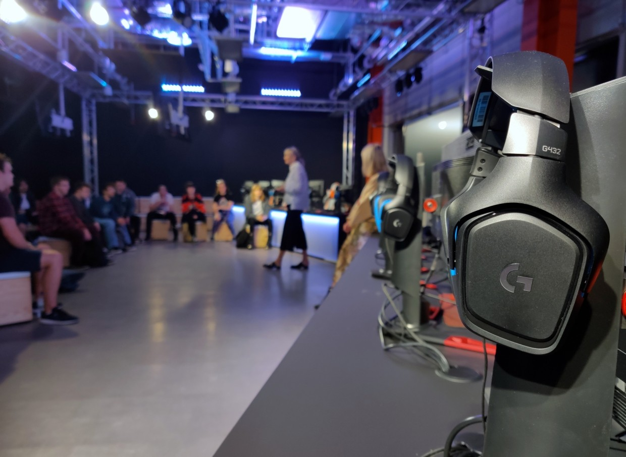 Students starting a university degree course in eSports at Staffordshire University attend a welcome session at the school's new London outpost.