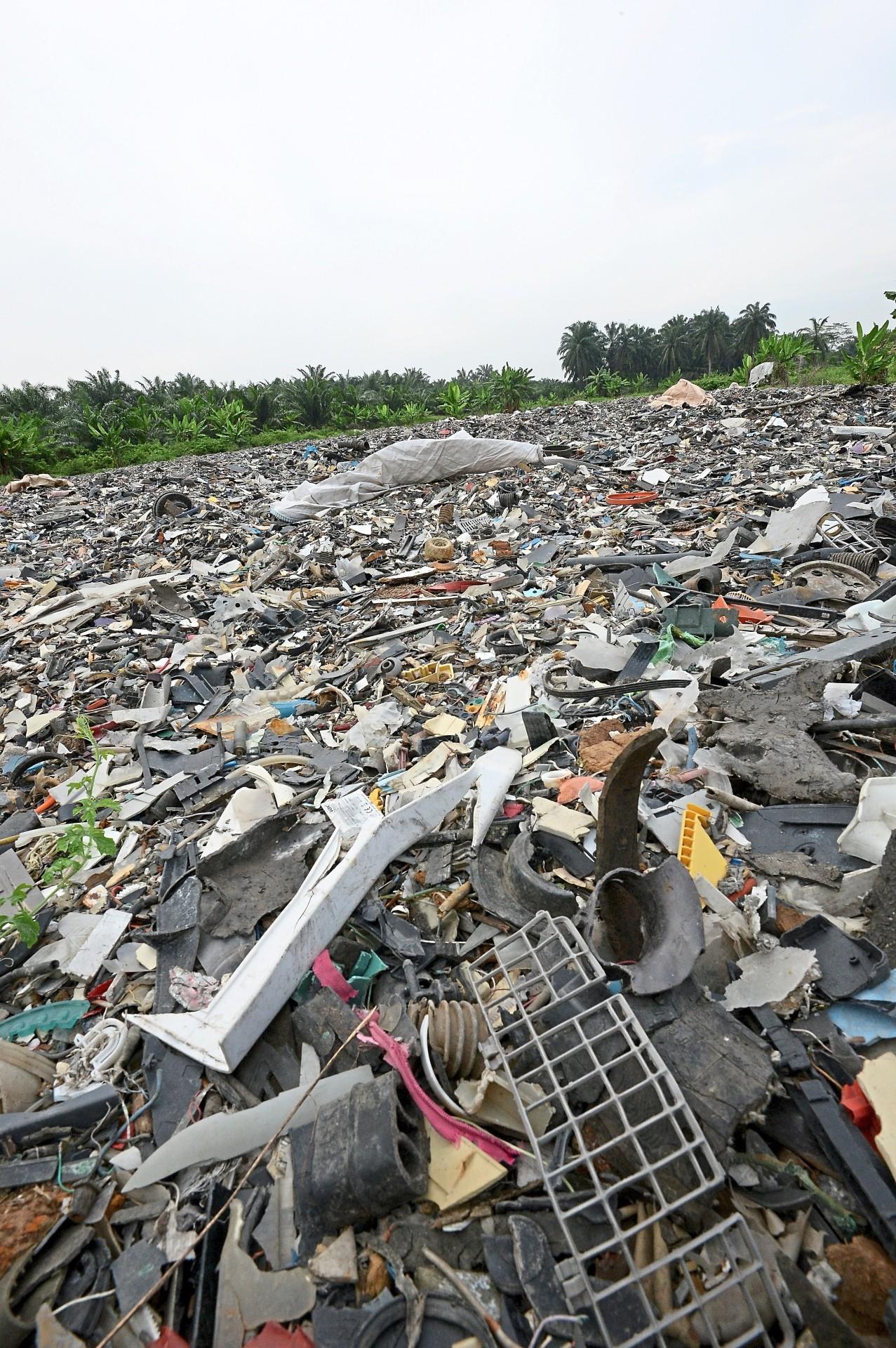 The e-waste at Jenjarom landfill, Selangor. — Filepic
