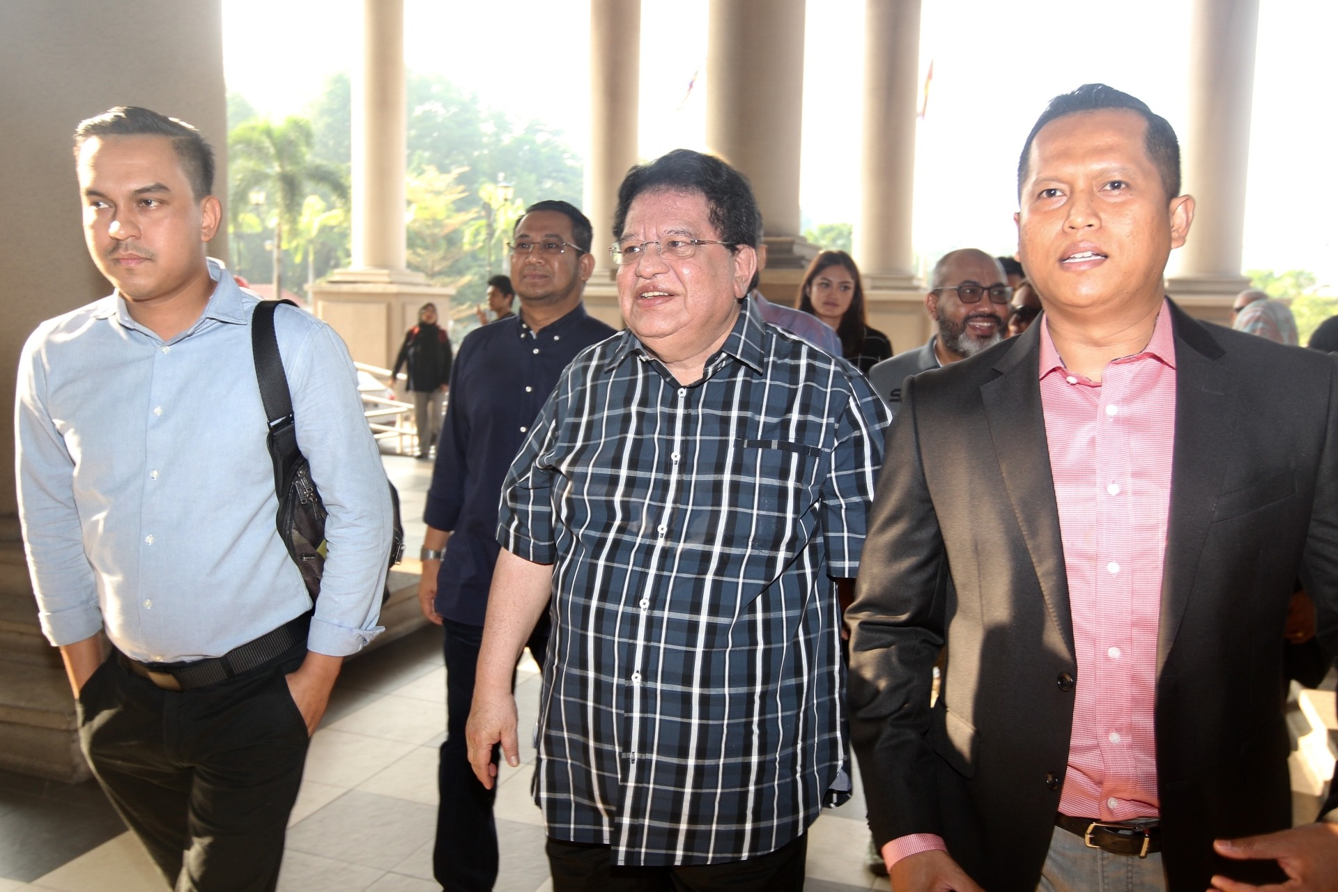 KL High Court orders Ku Nan to enter defence on RM2mil bribe charge