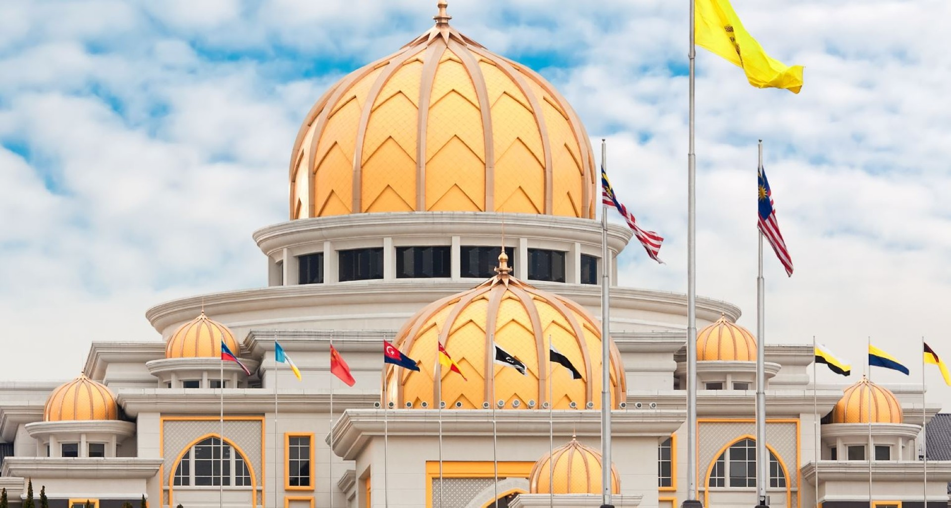 Widad Group also has a comprehensive maintenance contract for the Istana Negara.