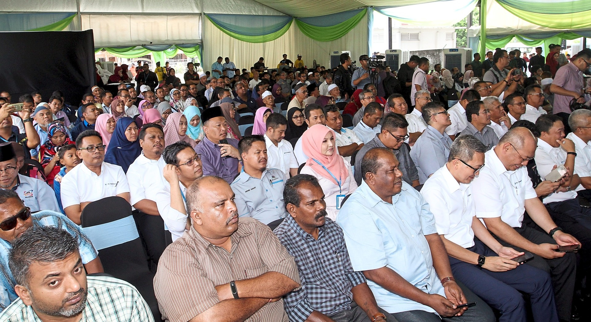 Full turnout at the launch of the Be A Water Conservation Warrior campaign at Padang Awam Batu Caves in Gombak.