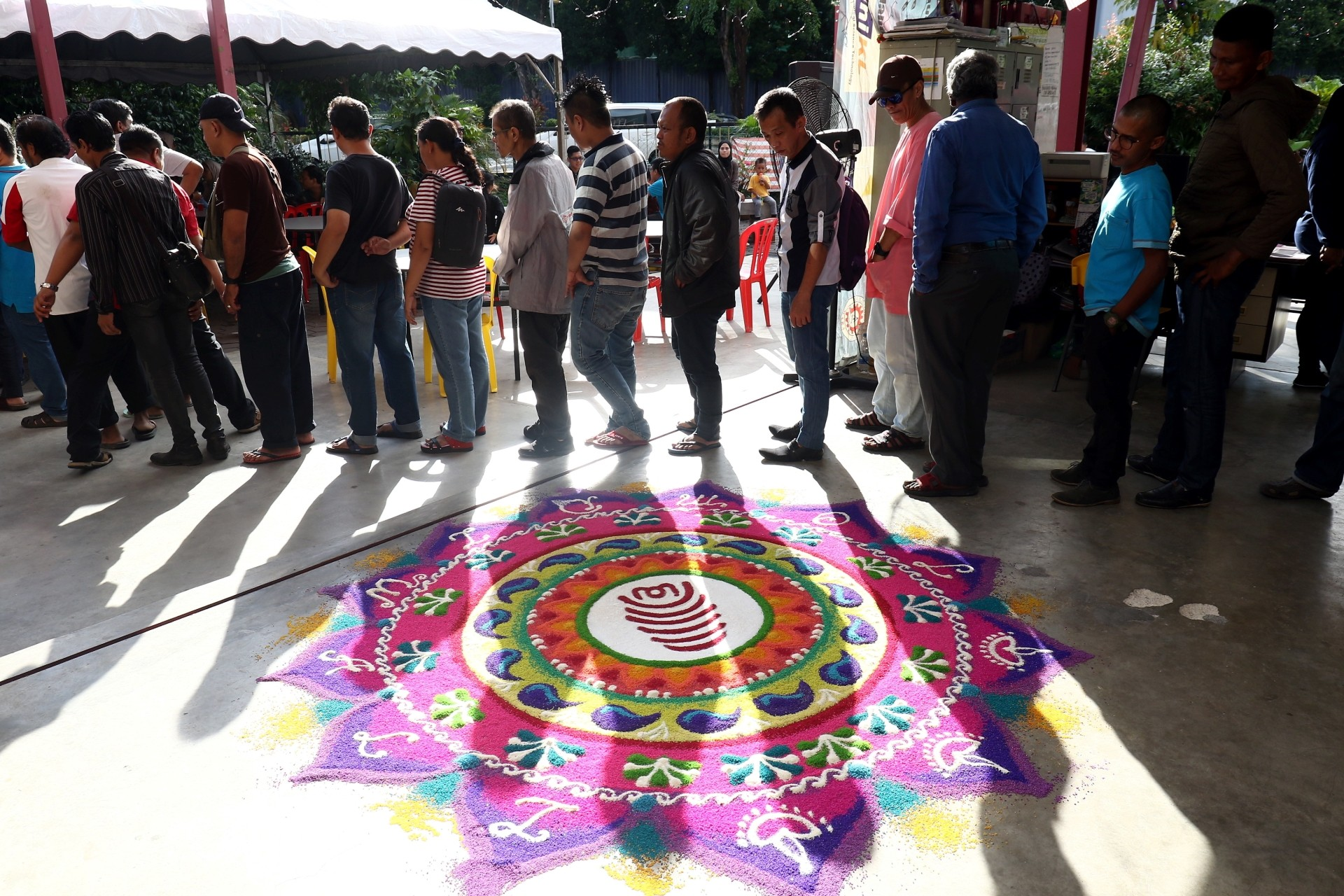 'Jom diwali' was held at one of the city's homeless halfway houses.