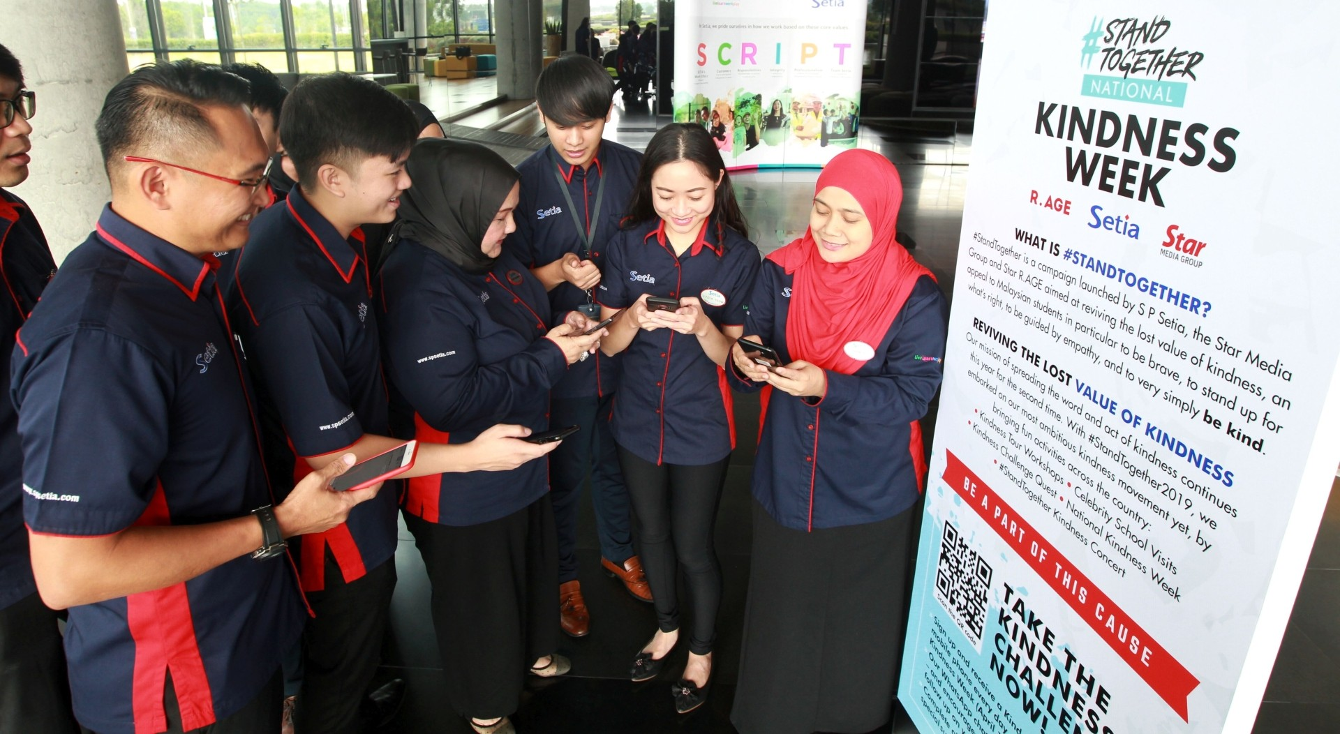 "SP Setia employees rallied together to also participate in the Kindness Challenge, joining 8,000 other Malaysians in daily ""Kindness Missions"" aimed at helping create a more positive country."