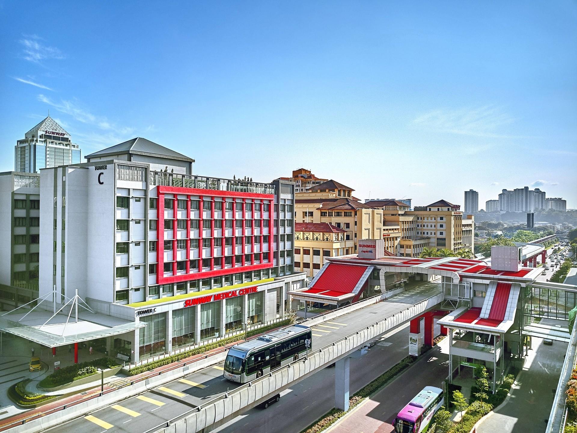 Bệnh viện Sunway (Malaysia) - Nơi có hệ thống y tế tương đồng thậm chí vượt trội ở một số phương án điều trị với chi phí hợp lý hơn rất nhiều.