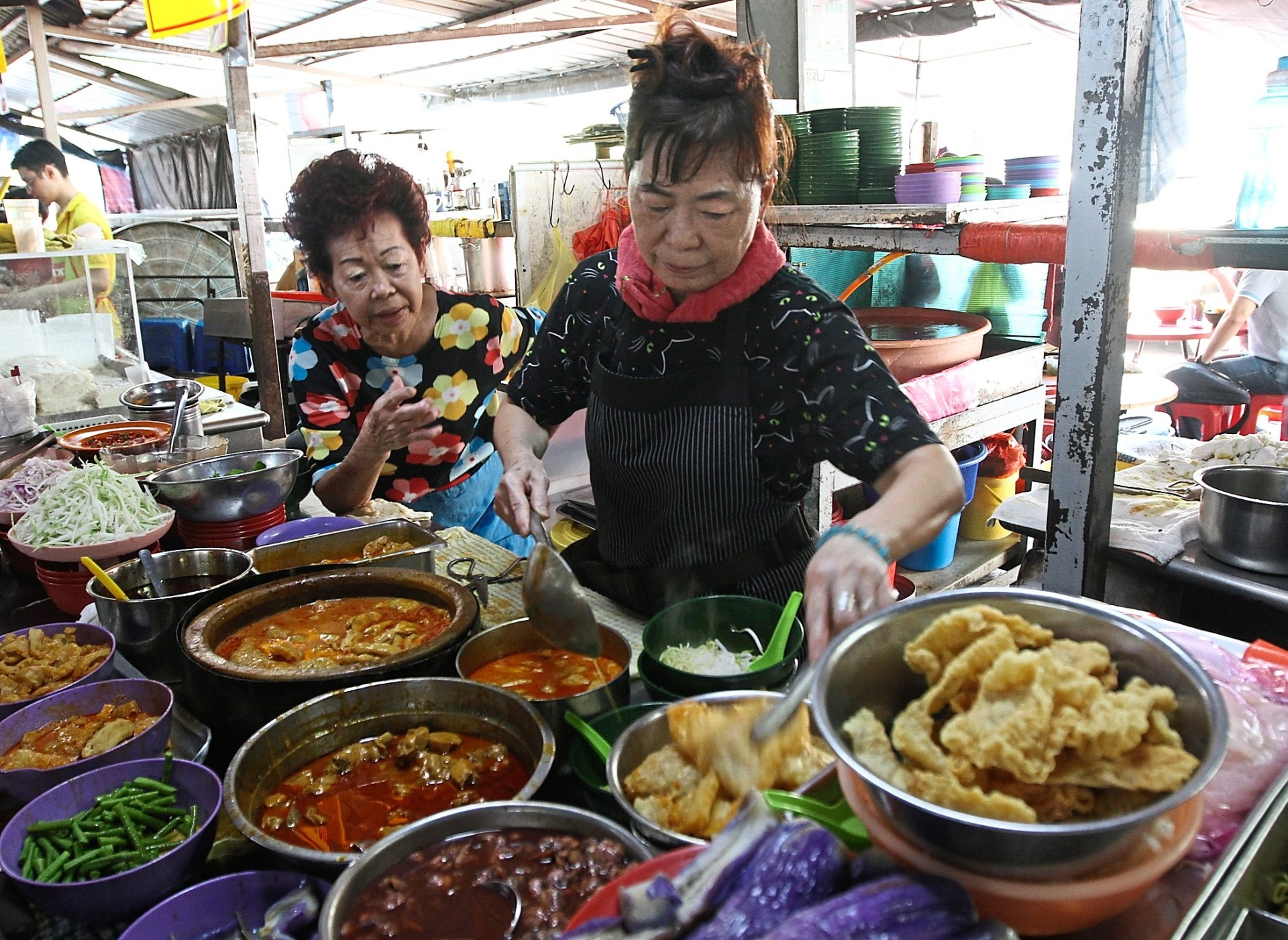Head to the Tun H.S. Lee Hawker Centre for a hearty bowl of noodles.