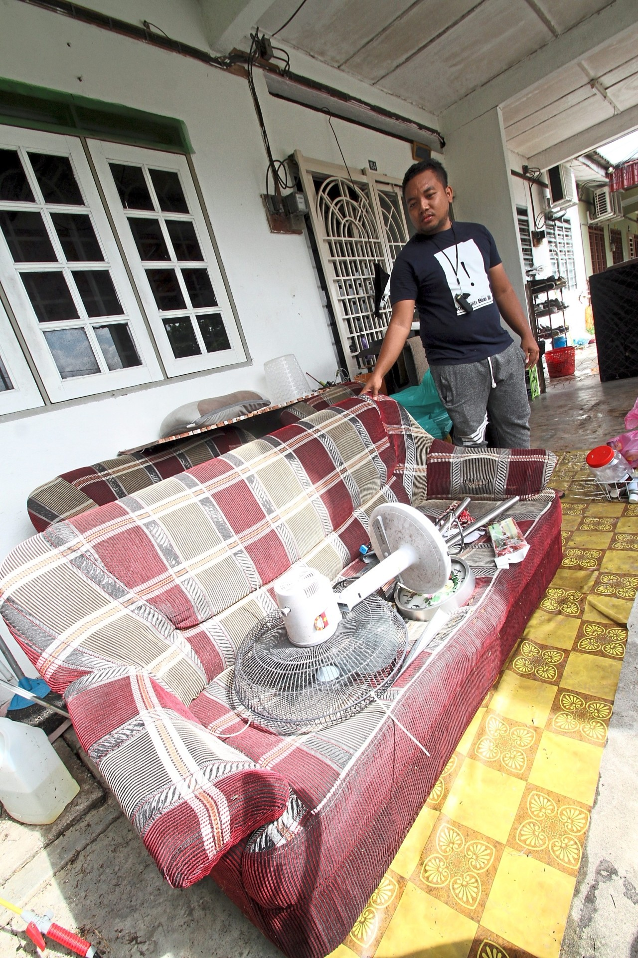 Hosni said most of his furniture and electrical items were damaged by floodwaters. — Photos: RONNIE CHIN/The Star