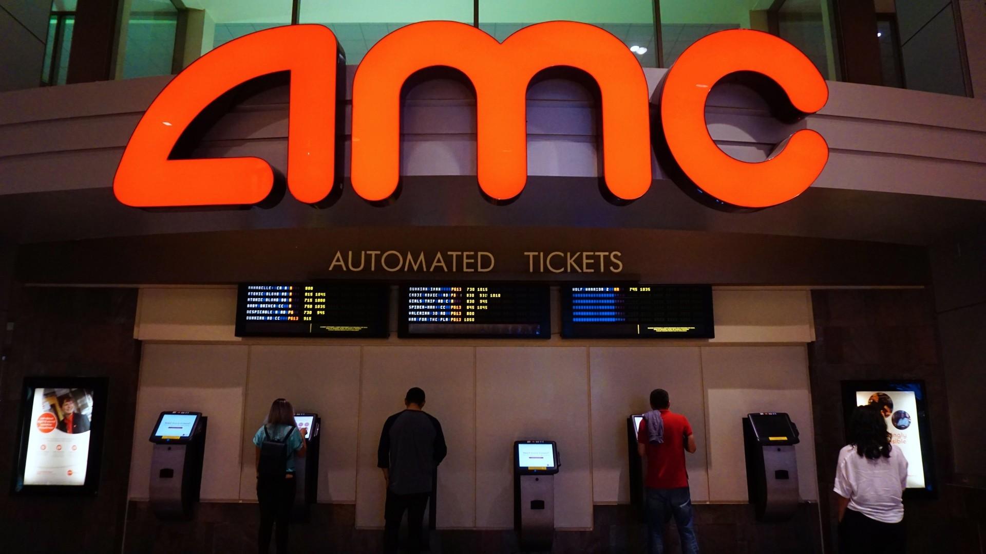 Survey: Streaming's film boom won't sap US theatre attendance ...