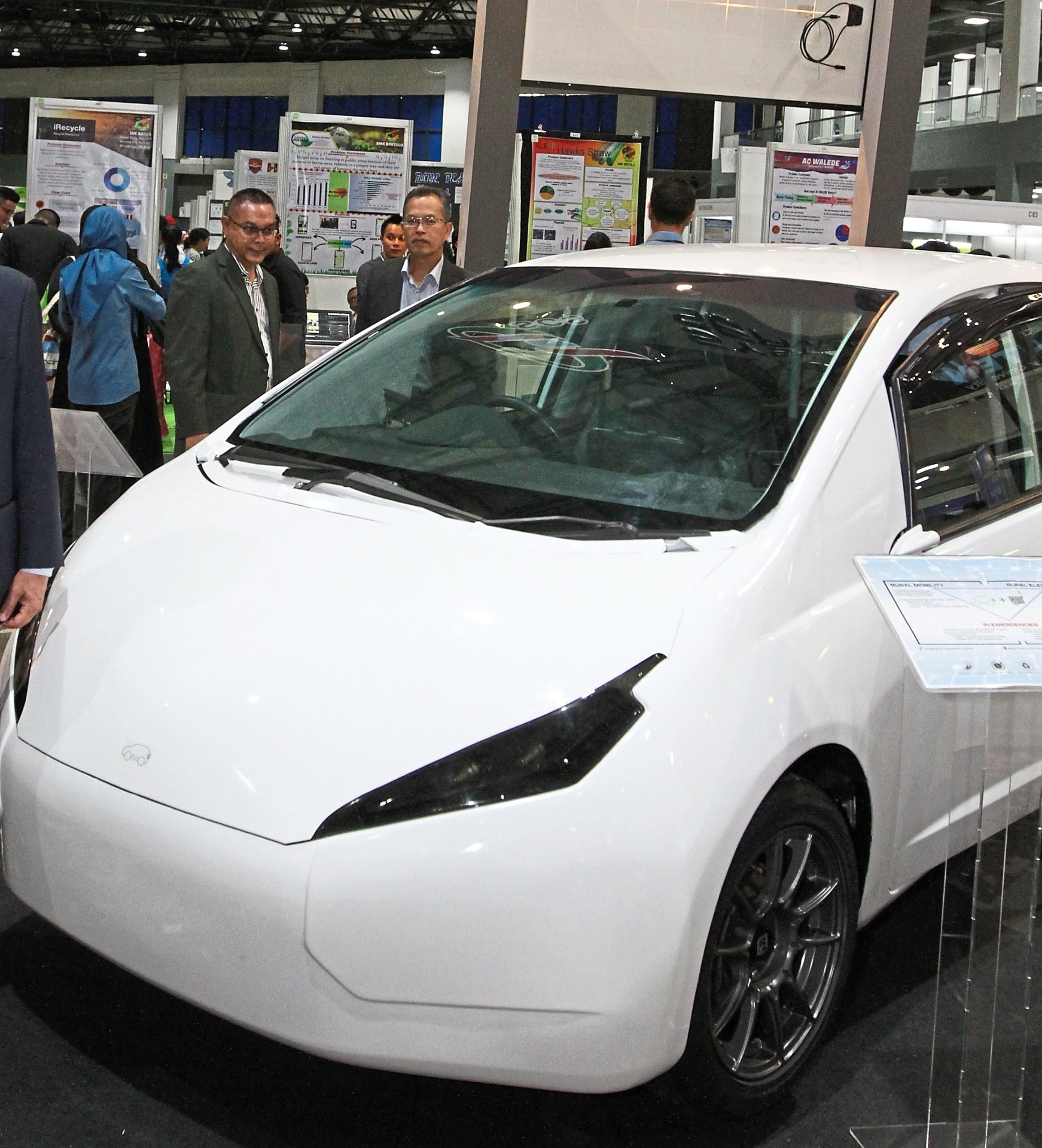 Electric Car News >> Electric Car Gearing Up To Power Rural Communities The