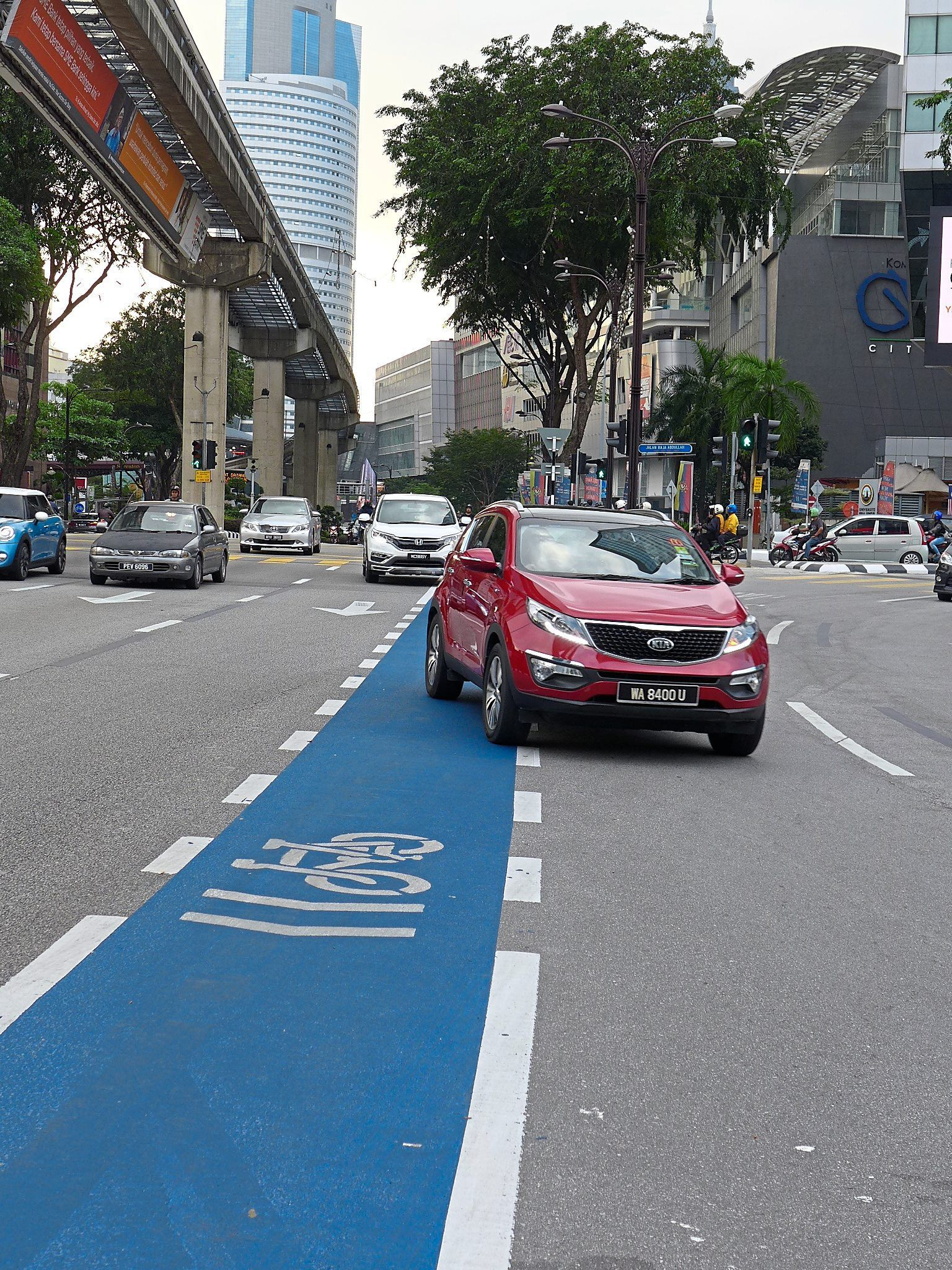 Malaysian motorists are notorious for ignoring traffic rules. Photo: Filepic