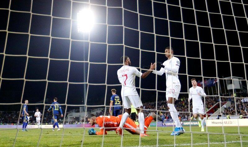 Calendrier Match Foot Euro 2020.Football Goals Galore But England Still Need Defensive