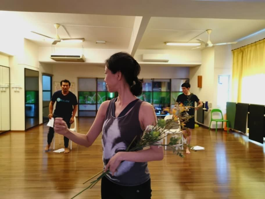 Actors Sandee Chew (foreground), Zul Zamir (background, left) and Teoh Jun Vinh in rehearsal. Photo: KL Shakespeare Players