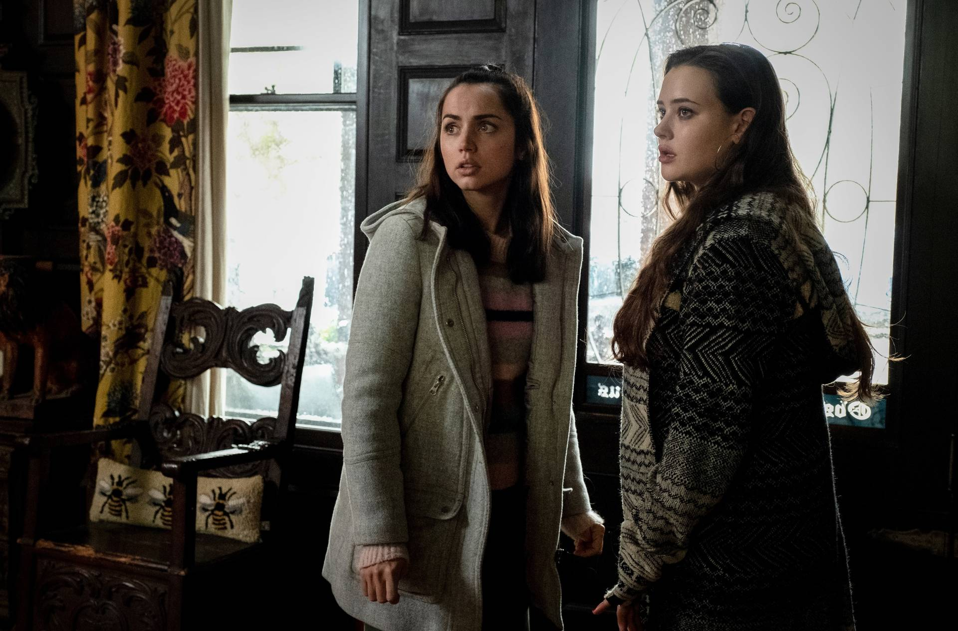 Do we get a scene with Chris Evans? Marta (Ana de Armas) and Megan Thrombey (Katherine Langford) discuss their concerns.