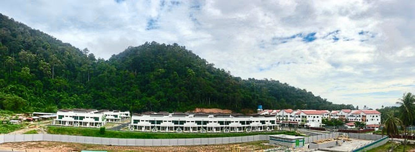 The development of Pangkor Resort World will complement current and future needs in new investment and business opportunities for prospective investors and entrepreneurs in the tourism and hospitality industry.
