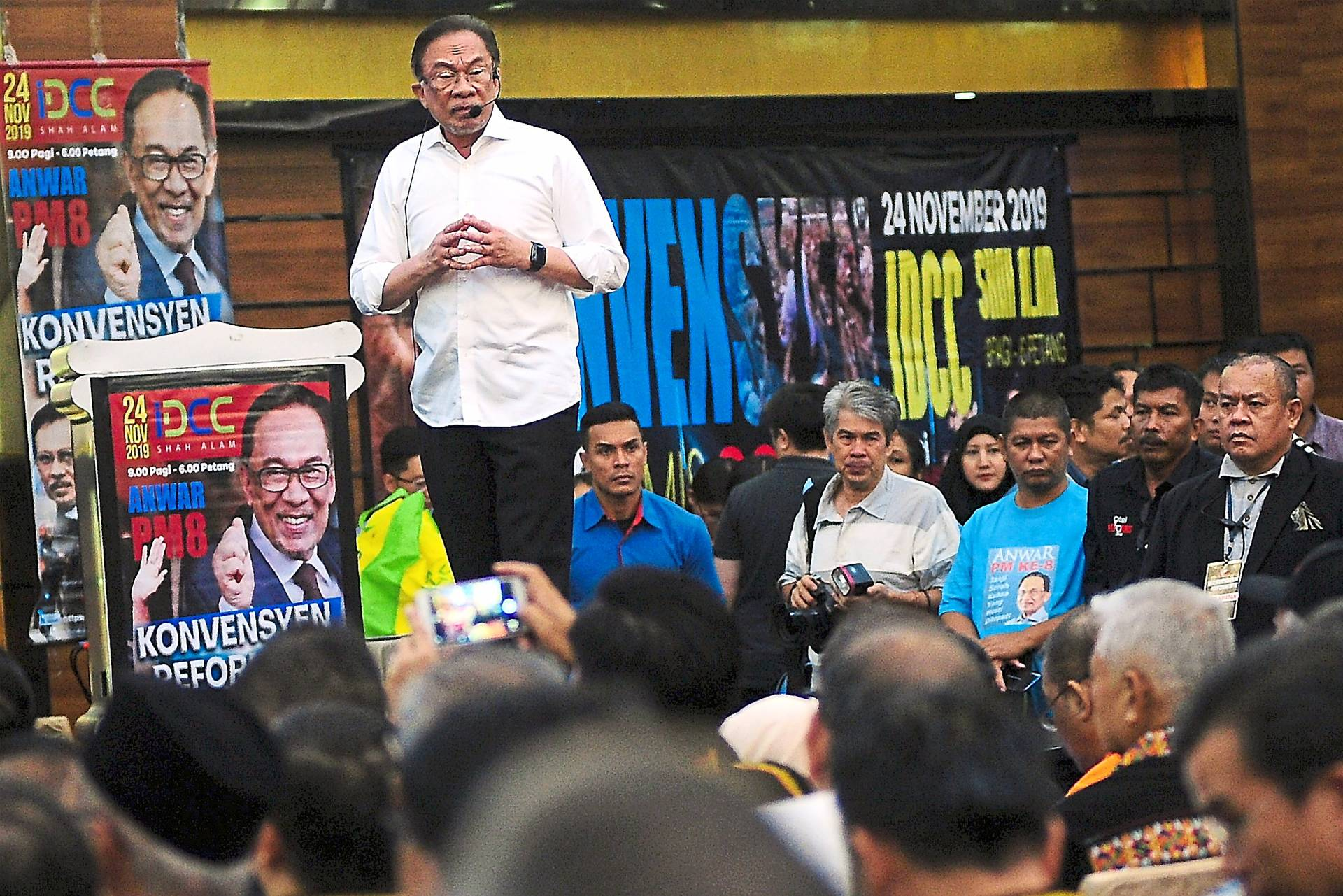In the spotlight: Anwar speaking at the Reformist Convention 2019 at Ideal Convention Centre in Shah Alam. — Bernama