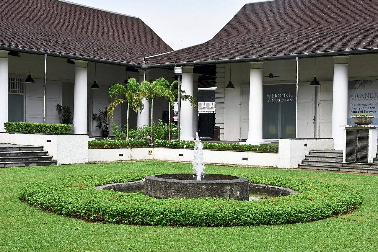 Dating Kuching Sarawak snapcandy dating site