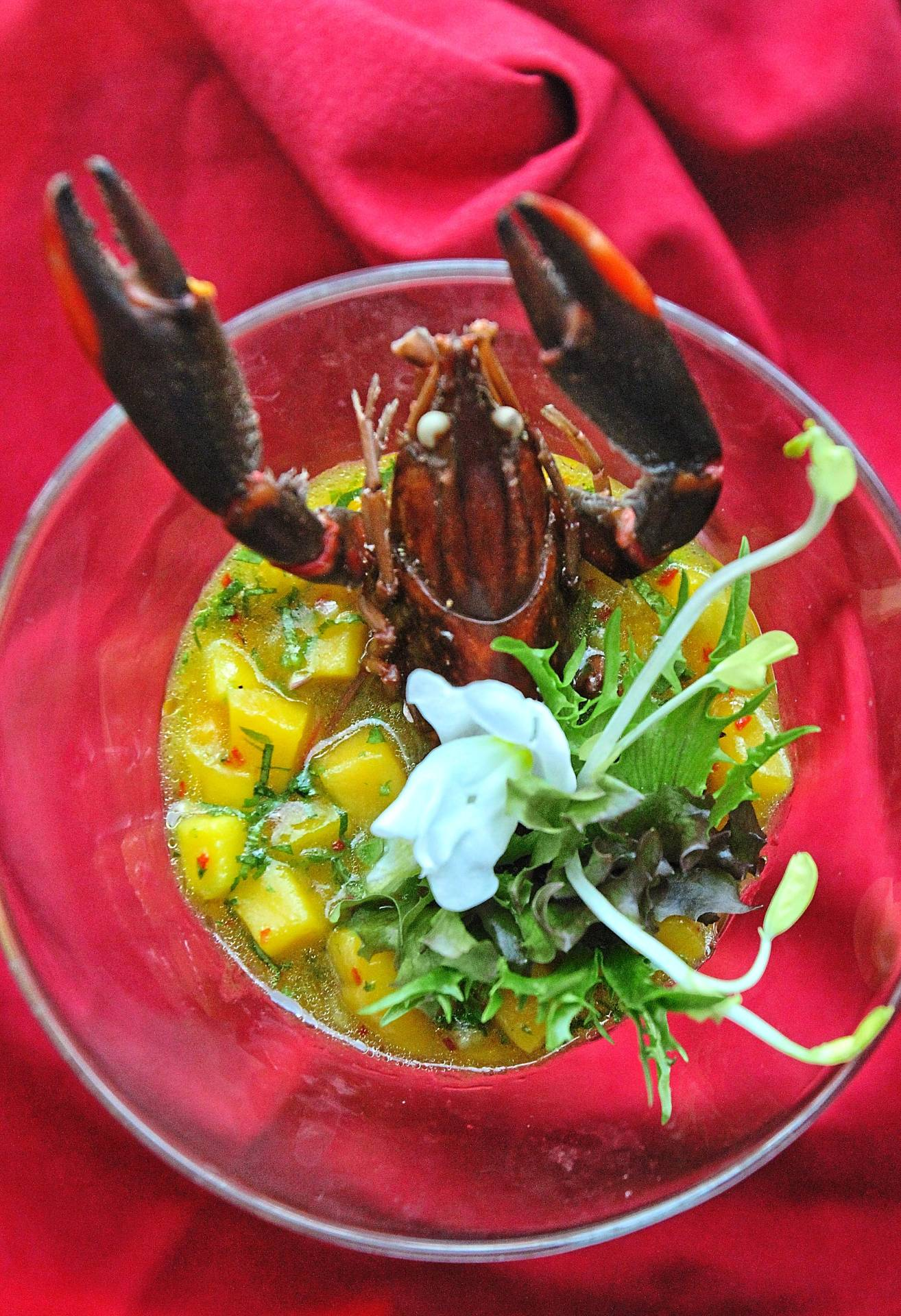 Diners can enjoy the mango appetiser with fresh prawns.